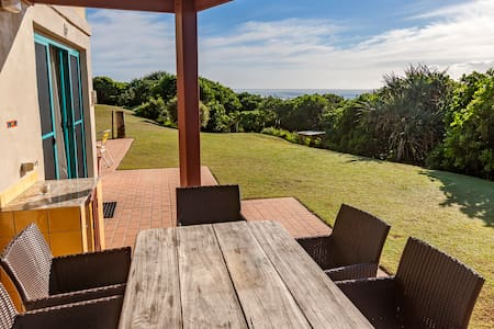 'White Waves' Beach House - Hastings Point - Apartmen
