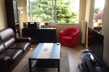 Appartement moderne bien situé - Byt