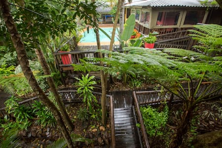 Umlilo Lodge is located in St Lucia - Bed & Breakfast