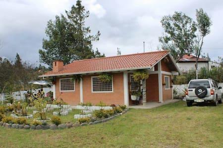 Acogedora casa en medio del campo - Conca - Casa