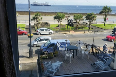 Lovely Seaview double room - Douglas  - Casa