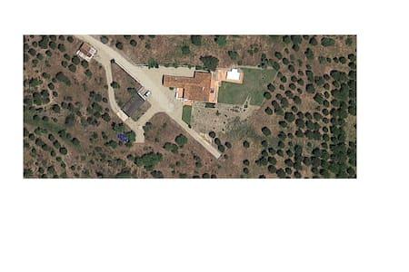 Casa de Campo Remodelada - Abela - Villa
