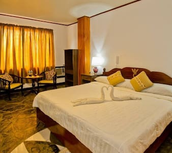 LA CHARICA INN & SUITES ,A home away from home! - Puerto Princesa