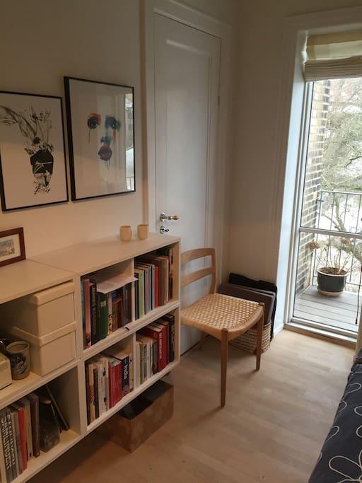 Hyggelig toværelses med lille altan   apartments for rent in aarhus