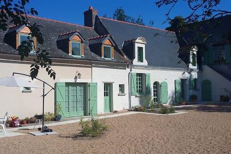 La Mustrie - Dům