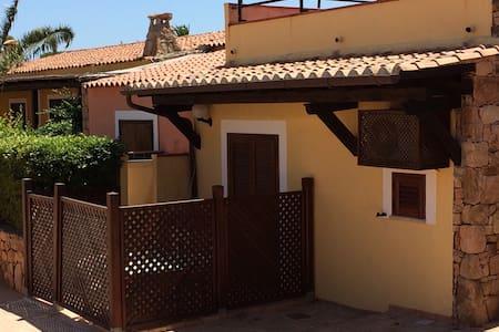 Mini appartamento Porto pollo - Apartment