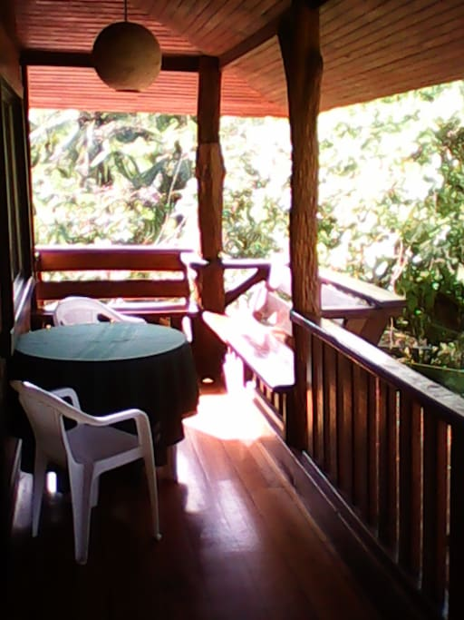 LOVELY BEACH home in the JUNGLE. ¡amazing sounds!