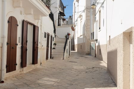 lovely home in the old town centre of Noci - House