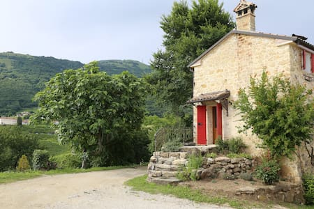 Rustic Cottage, Panorama, Wine Country, Veneto - Valdobbiadene