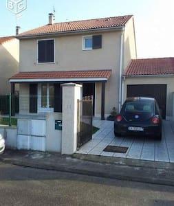 Maison - Jonage