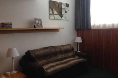 Monolocale per 4 persone R8 con posto auto - Appartamento