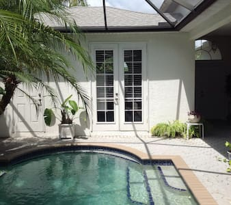 SARASOTA B & B STUDIO with POOL! - Sarasota
