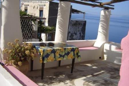 Casa Ciocchiti - Ginostra Stromboli - Stromboli