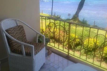 Private beach sea-front apartment  - Ocho Rios - Apartment