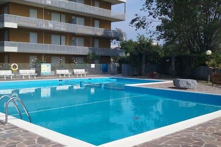 Appartamento bilocale sul mare - Lignano Sabbiadoro - Apartment
