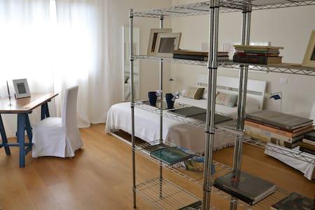 RAFFINATO ED ELEGANTE B&B TRA MARE E COLLINA - Wohnung