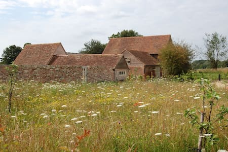 Organic Farm Cottages - East Sussex - Guesthouse