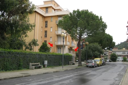 APPARTAMENTO VACANZE A  m 800 MARE - Appartement en résidence