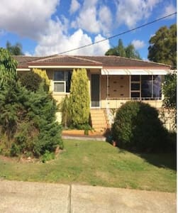 Old Style and Warm House - Willetton