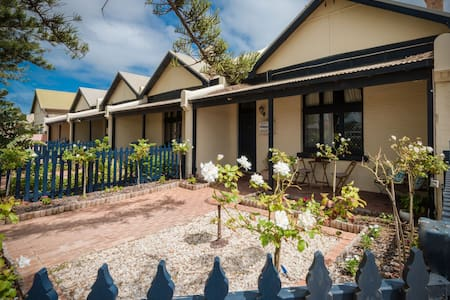 Geraldton City Stay Cottage - Flat