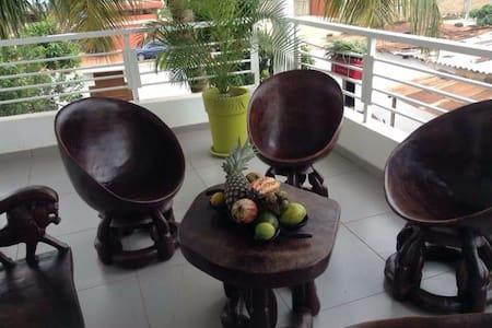 Appartement colonial Cacaveli - Lomé