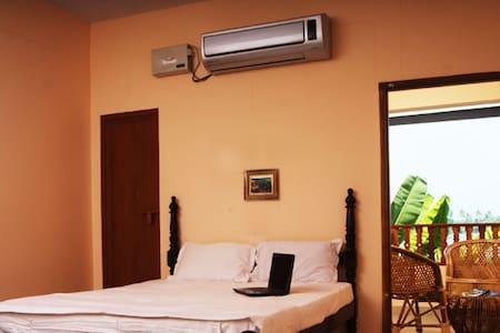 Backwater Breeze 2 Room - Bed & Breakfast