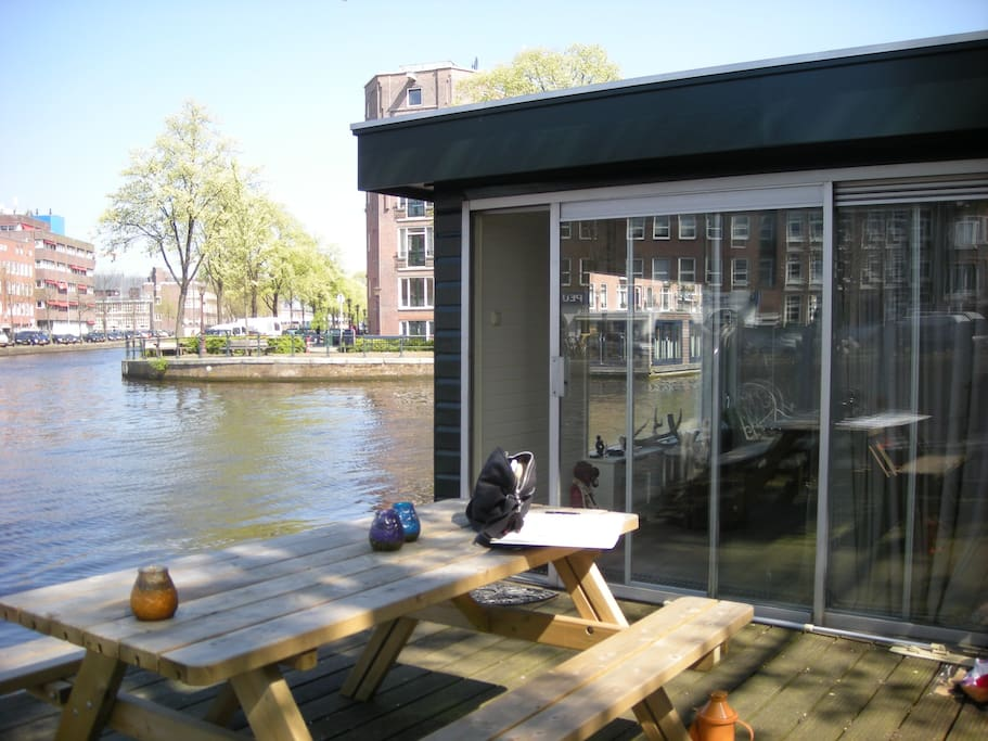 Luxury houseboat barche in affitto a amsterdam for Airbnb amsterdam houseboat