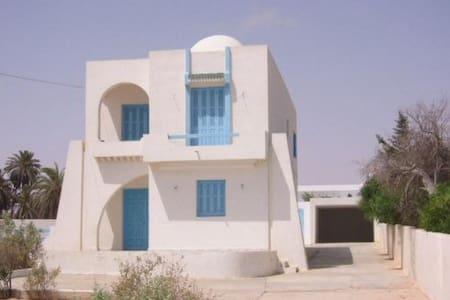 Villa en Bord de Mer - Zarzis - Villa