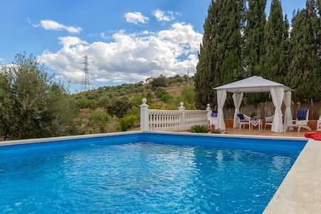 """La Finca Romántica"" + private pool - Haus"