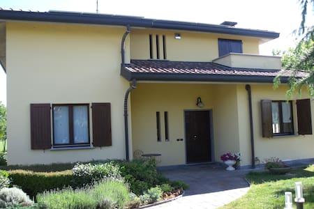 Villa with garden, in of Brianza gr - Villa