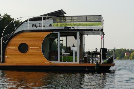 Hausboot Malea - Boat