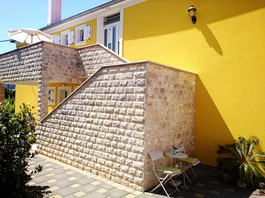 BOOK my SUNNY Zadar City Apartments...