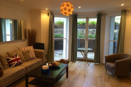 Perfect new open-plan pied à mer - Folkestone - Apartment