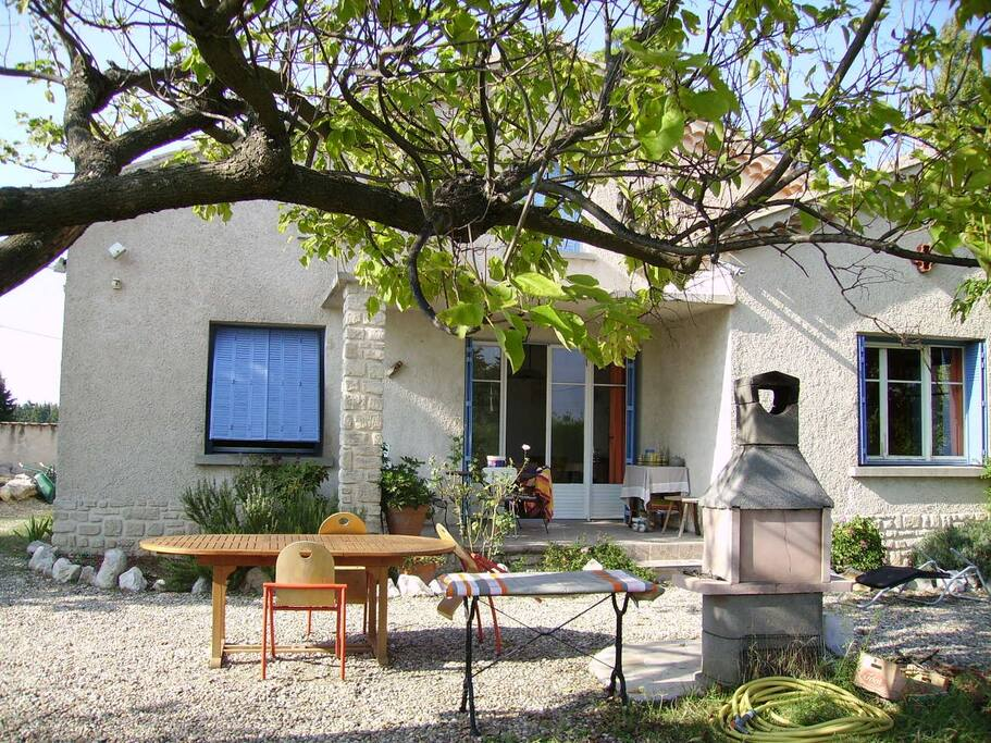 Chambre d 39 h tes en provence bed breakfasts for rent in for Chambre d hotes en provence