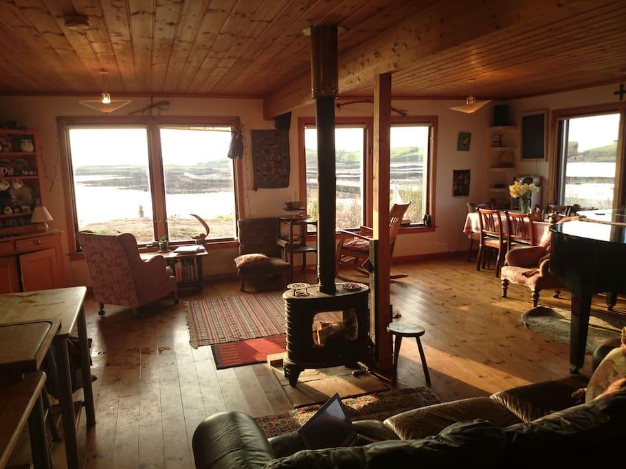 Living room - looking west