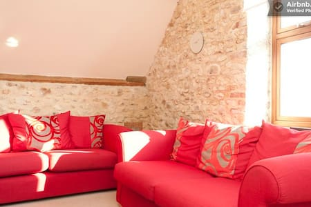 The Hayloft -sleeps 4 - Kilmington - Rumah