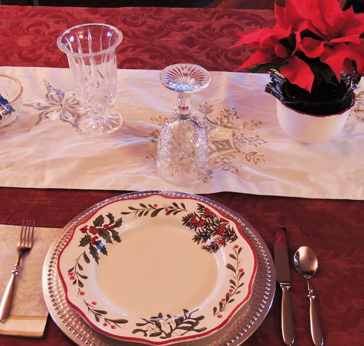 Setting the table in your own private dining room