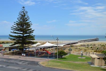 Beachside Location - Largs Bay