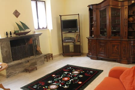 Una casa tra gli ulivi della Sabina - Palombara Sabina