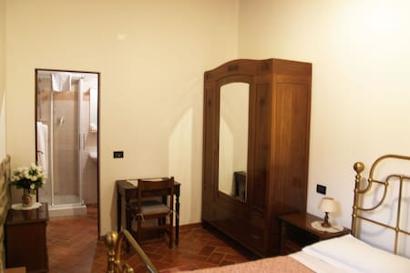 rent a rooms in Tuscany free wifi - Ciggiano - Bed & Breakfast