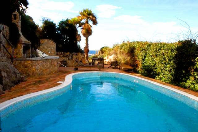 Villa in Sardinia on the beach for rent