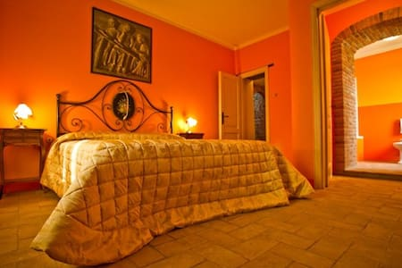 Special lovely room near Vinci - VINCI - Lamporecchio