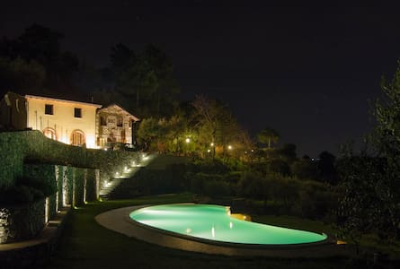 Farmhouse & Pool near Cinque Terre - Follo