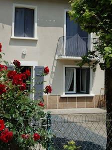 House in Vienna Limousine - Luchapt