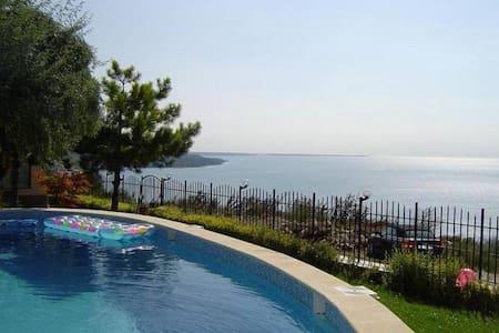 lovely villa,amazing sea view,pool,jacuzzi ,Albena - Balchik - Villa
