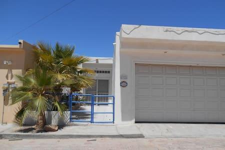 BEACH FRONT 5000 sq. ft home - San Felipe - House