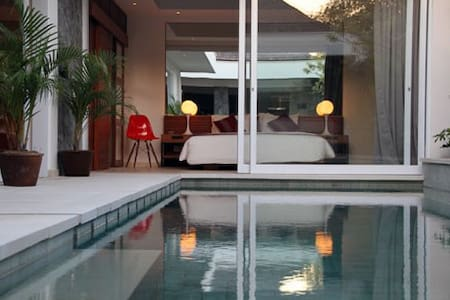 Seminyak 2 bedrooms villa Chakras 1