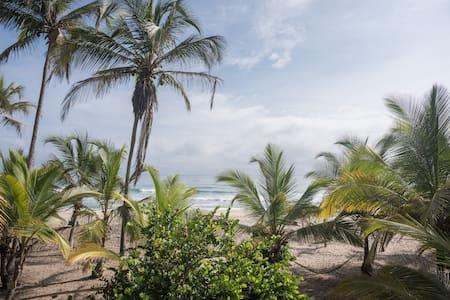 Costeno Beach Hostel - Kabin