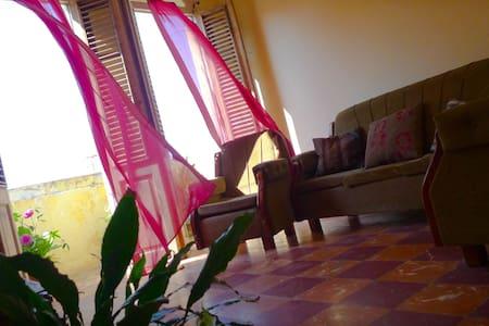 """Home """"La Lynette"""", an experience among Cubans... - La Habana - Apartment"""