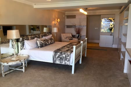 Bantry Bay luxury sea view suite - Kaapstad